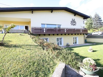 Photo for Large appartment with garden access and en-suite bathrooms.