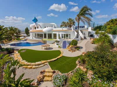 Photo for Superb luxury villa with stunning panoramic views