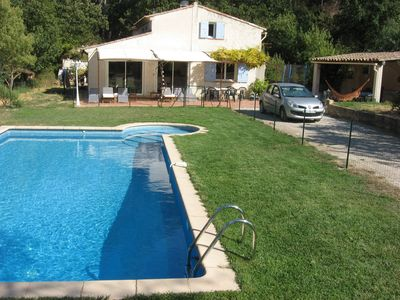 Photo for Nice family holiday property with pool in Provence