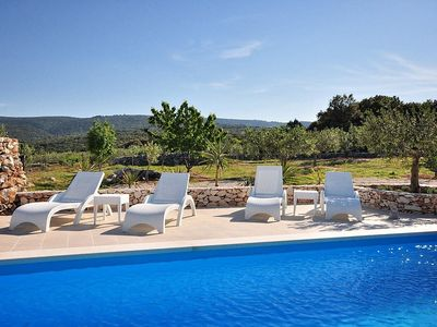 Photo for House in Selca with Pool, Parking, Terrace (330685)