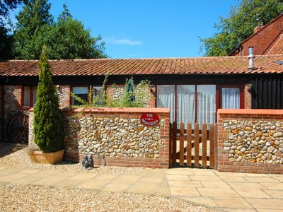 Photo for The Old Mangers - Two Bedroom House, Sleeps 3