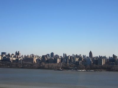 Photo for 2BR Apartment Vacation Rental in West New York, New Jersey