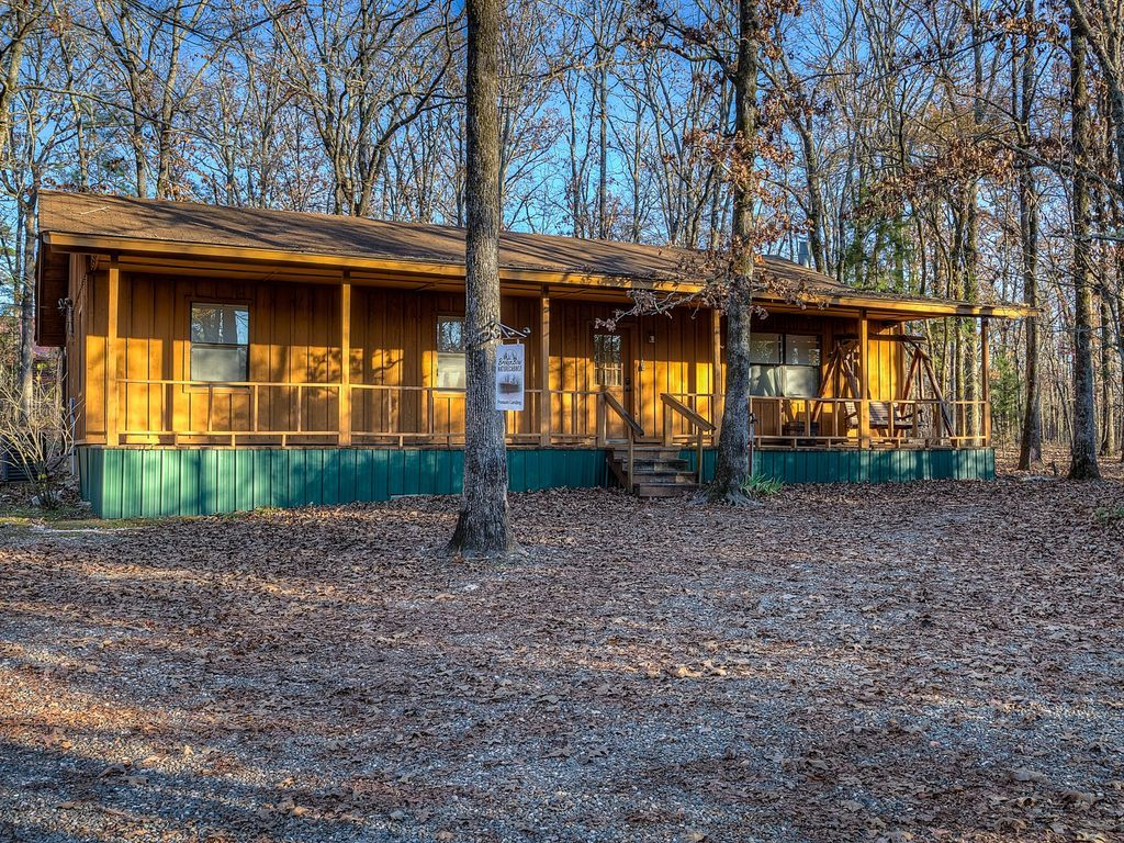 Property Image#23 Secluded 3 Bedroom Cabin Tucked Into The Tall Pines Near Beavers  Bend