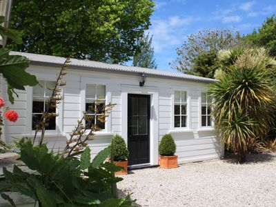 Photo for Delightful cottage a perfect couples retreat.