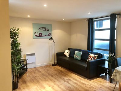 Photo for 2 bedroom Brick Lane flat with patio