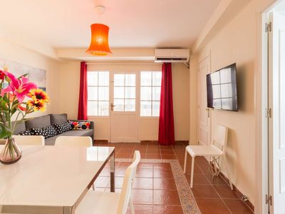 Photo for Spectacular three bedroom apartment in the Heart of Málaga