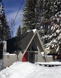 Photo for 2491 Bertha Ave: 1 BR / 1 BA classic cabin in South Lake Tahoe, Sleeps 5