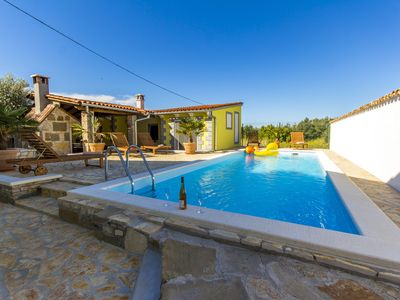 Photo for Luxury holiday home with the pool