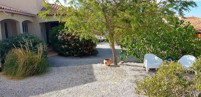 Photo for Between Mediterranean and Corbières, in Fitou, beautiful air-conditioned villa 8 people