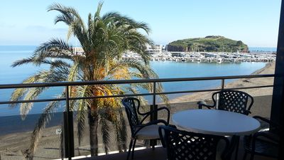 Photo for APARTMENT FOR 6 PEOPLE IN THE MARITIME PASEO, WITH PRECIOUS VIEWS