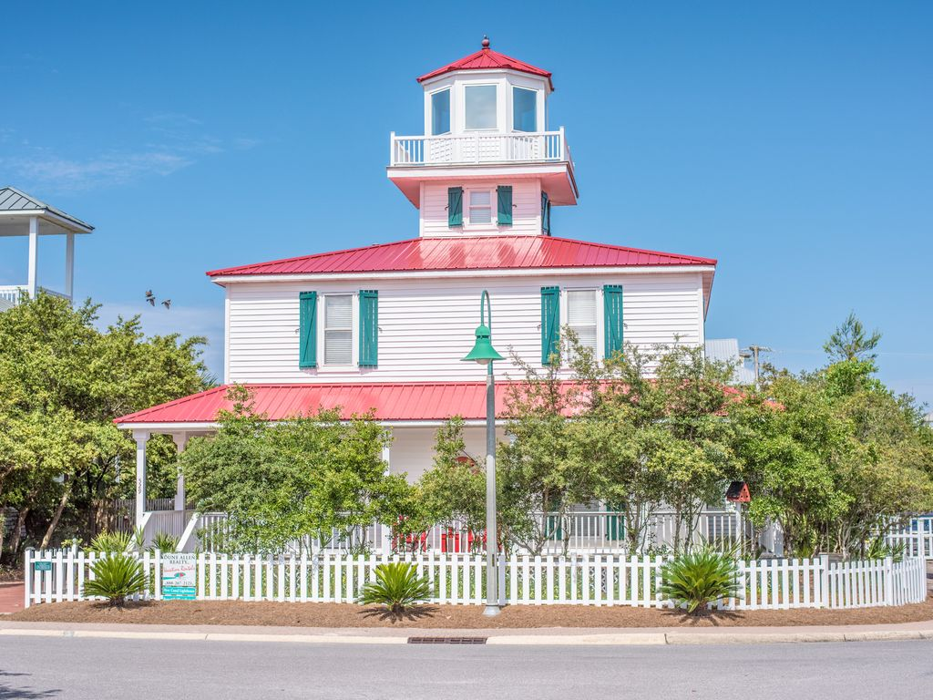 New C Lighthouse On Beach Side All King Beds Pool Santa Rosa