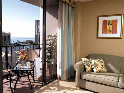 Photo for Luxury 1BR on Ala Moana Blvd w/ Lovely Views, WiFi, Resort Pool & More!
