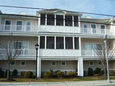 Photo for 1.5 BLOCKS FROM BOARDWALK / BEACH **FAMILY FRIENDLY**, CONVENTION CTR.