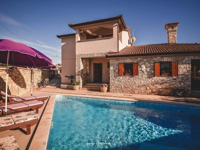 Photo for Beautiful villa with private pool near Marcana