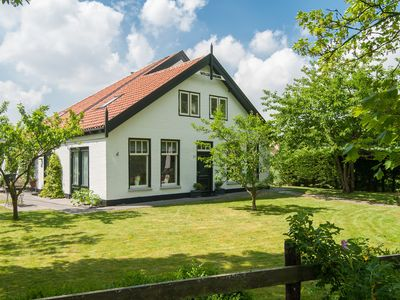 Photo for Attractive countryside holiday home in quiet, yet central location in Schoorl