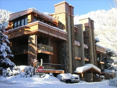 Photo for Ski up to the Front Door of Aspen's Cascade West!