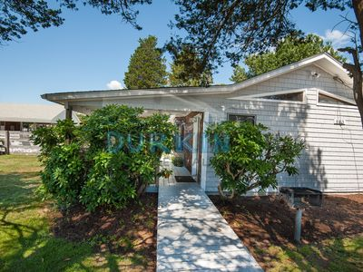 Photo for Adorable Cottage, Pool Access, Central Air Conditioning, Large Deck, Close to Beach