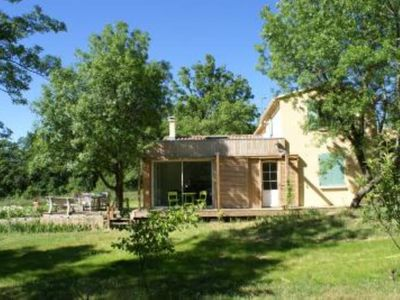 Photo for Quiet House with pool in the middle of LUBERON