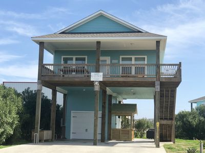 Gone Coastal - 3 Bedroom - 2 Bath - Sleeps 10