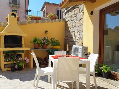Photo for Studio apartment Mare with barbecue, terrace in the centre of the village