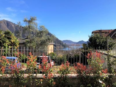 Photo for La Pergola - Sunny, quiet apartment with garden