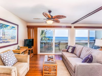 Photo for Coastal getaway on Kona w/ private lanai, air conditioning