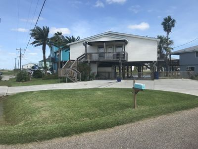 Photo for Catch Some Rays At Casita Delfin Canal / Beach House in Bridge Harbor