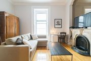 Le Rene-Levesque - Big & Chic 1 BR apt near OLD Montreal and Berri-UQAM metro (max 6 ppl)