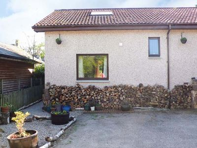 Photo for BRUCANICH COTTAGE, country holiday cottage in Kingussie, Ref 21266