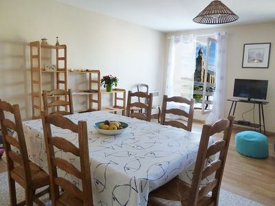 Photo for Apartment T3, in the city center, 100m from the port and the sea.