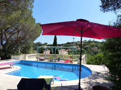 Photo for Charming villa, heated pool, beach and shops on foot