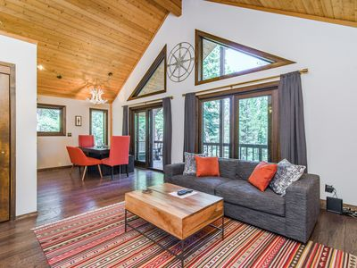 Photo for Dog-Friendly Modern 3BR Cabin w/ Bar, Grill & Amenity Access - Walk to Trails