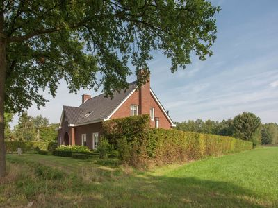 Photo for Luxurious holiday home with wellness, in the middle of the North Brabant nature reserve near Leende