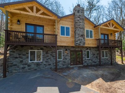 Photo for Stylish and Updated Log Home Hot Tub Billiards In Massanutten Resort!