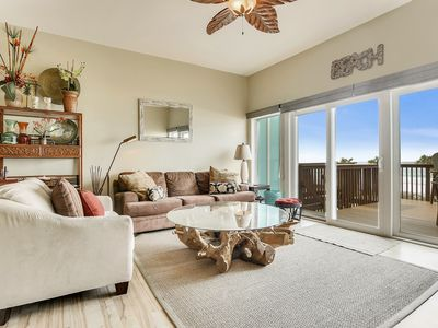Photo for BEACHFRONT family-friendly town home located on the west-end -Amazing Views!