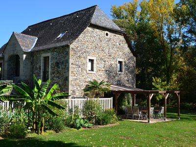 Photo for Dordogne Riverside Barn, private heated pool, snooker table and Sous Sol Gite.