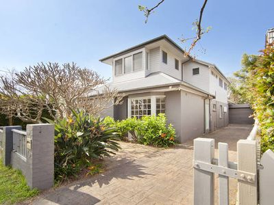Photo for Frangipani Blue - located at Curl Curl Beach