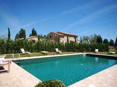 Photo for 4 bedroom Villa, sleeps 7 in Pienza with Pool and WiFi