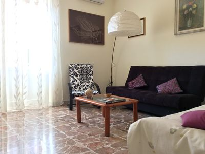 Photo for Well finished apartment, 3 bedrooms, 6 bed, 1 bathroom, 90 sqm, 3km from the center