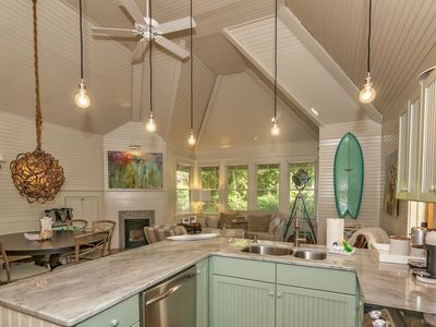 Welcome to Off the Grid on Bald Head Island!