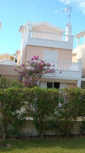Photo for Bungalow with garden 10 minutes from the sea on foot