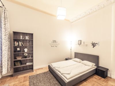Fresh two-bedroom apart in the very center of Riga