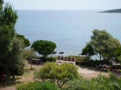 Photo for Faounzina, 4 pers, 1st floor, feet in the water, direct access to the beach