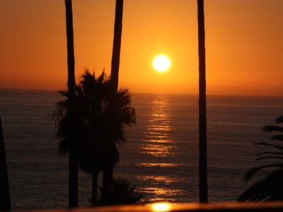 GORGEOUS ROMANTIC MAUI SUNSET FROM YOUR LANAI!