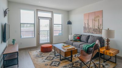 Photo for WanderJaunt | Vista | 1BR | Tempe