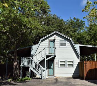 Photo for Charming Newly Remodeled Barndominium in NW Austin