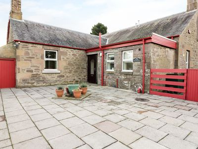 Photo for MEADOWSIDE FARM, family friendly in Coupar Angus, Ref 964122