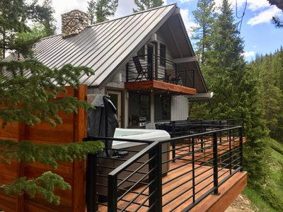 Photo for 3Br 2Ba Mountain Modern Cabin on the Blue River