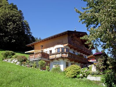 Photo for Comfortable holiday home with lovely garden and terrace