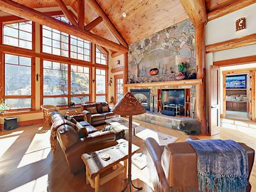 Highland park vail vacation rentals reviews booking vrbo for Cabin rentals near vail colorado